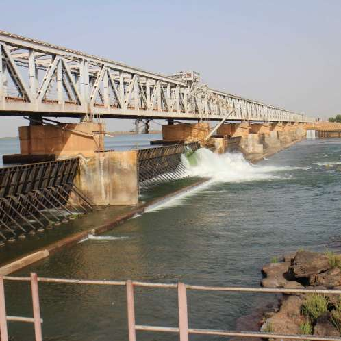 Prise d'eau d'irrigation de Markala sur le fleuve Niger